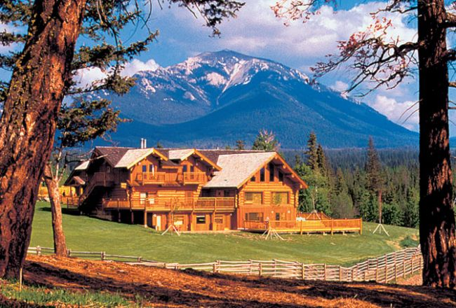 HotelBritish ColumbiaEchoValleyRanch ext2