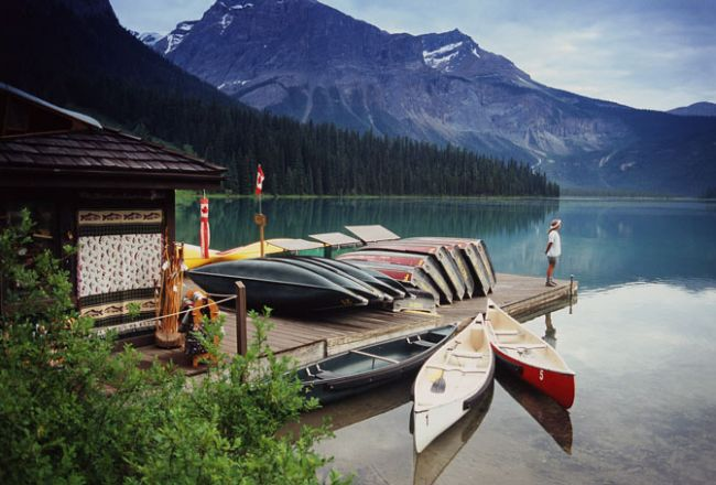 HotelBritish ColumbiaEmerald Lake Lodge ext2